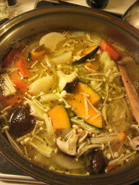 今日も野菜スープ